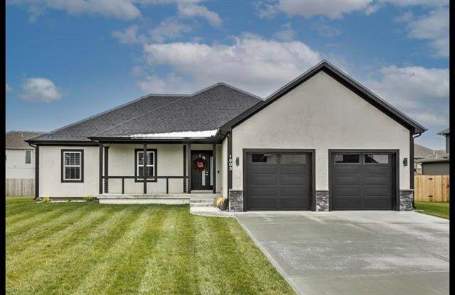 1802 NW Tayler Court, Grain Valley, MO 64029 (#2250823) :: Ask Cathy Marketing Group, LLC