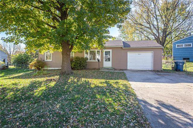 3803 N Osage Street, Independence, MO 64050 (#2251092) :: House of Couse Group