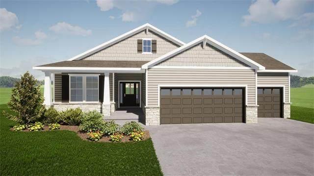 14148 S Red Bird Street, Olathe, KS 66061 (#2251137) :: House of Couse Group