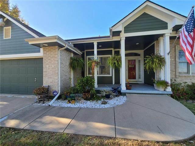 1810 Meadow Ridge Street, Buckner, MO 64016 (#2251181) :: Eric Craig Real Estate Team