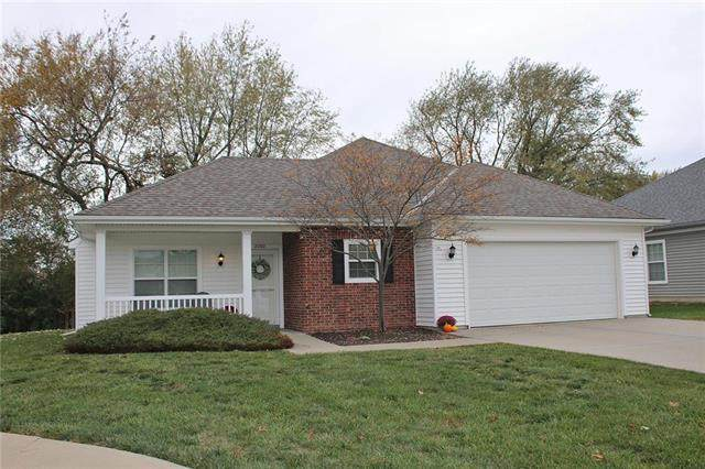 2200 N 114th Terrace, Kansas City, KS 66109 (#2251204) :: The Shannon Lyon Group - ReeceNichols