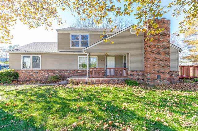 812 S 94th Street, Kansas City, KS 66111 (#2251231) :: House of Couse Group