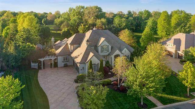 13904 Howe Drive, Leawood, KS 66224 (#2251320) :: House of Couse Group