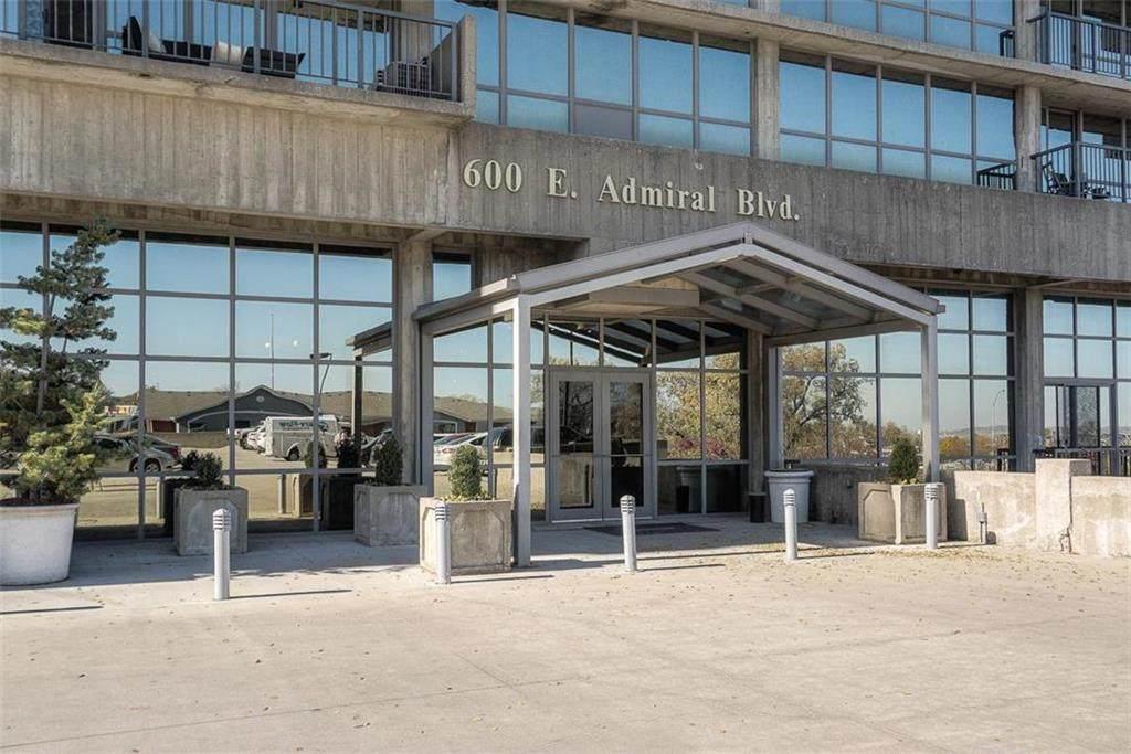 600 Admiral Boulevard - Photo 1