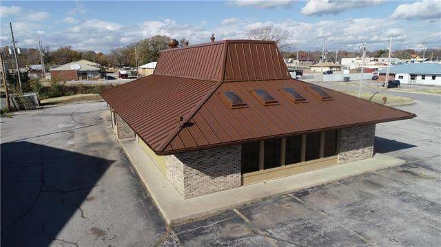 1810 S Main Street, Fort Scott, KS 66701 (#2251828) :: Eric Craig Real Estate Team