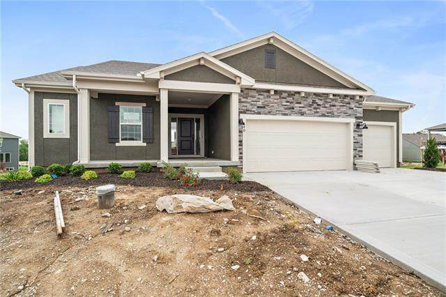 140 SE Briar Valley Lane, Blue Springs, MO 64064 (#2251858) :: Team Real Estate