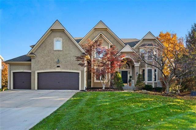 6211 W 146 Street, Overland Park, KS 66223 (#2251943) :: Eric Craig Real Estate Team
