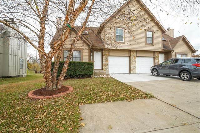 10910 Haskins Street, Lenexa, KS 66210 (#2251985) :: House of Couse Group