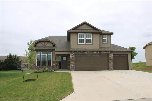 1917 N 153rd Terrace, Basehor, KS 66007 (#2252139) :: Team Real Estate