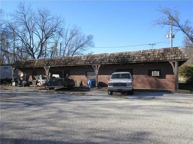 1401 Merriam Lane - Photo 1