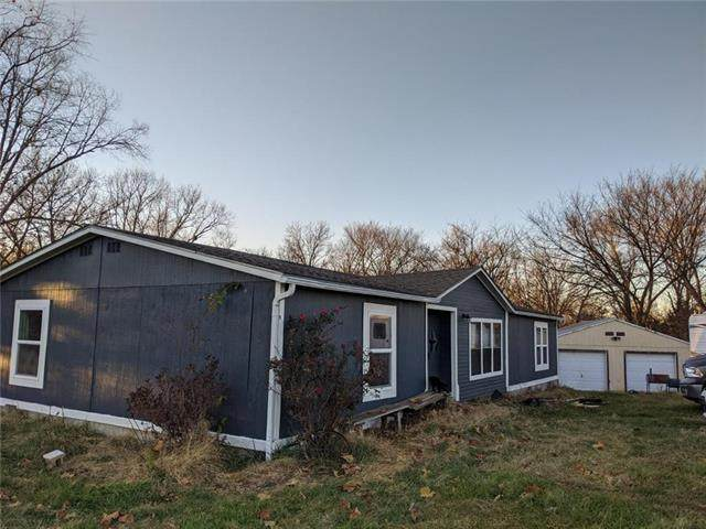 684 SW 11th Road, Warrensburg, MO 64093 (#2252395) :: Ask Cathy Marketing Group, LLC