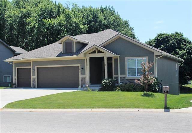 11445 Yecker Avenue, Kansas City, KS 66109 (#2252434) :: House of Couse Group