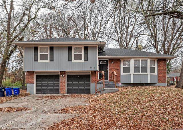 6712 E 134th Street, Grandview, MO 64030 (#2252514) :: The Shannon Lyon Group - ReeceNichols