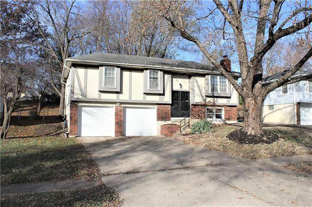 11614 Greenwood Road, Kansas City, MO 64134 (#2252525) :: House of Couse Group