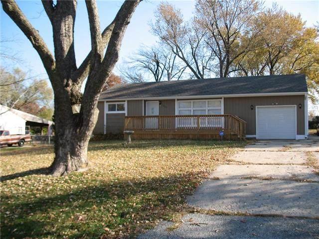 3007 Ashland Ridge Road, Kansas City, MO 64129 (#2252675) :: Ask Cathy Marketing Group, LLC
