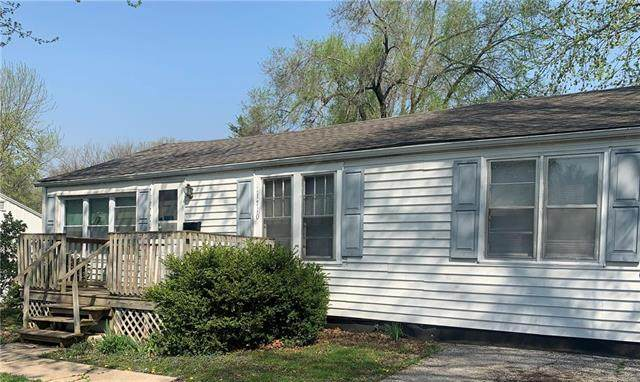 11710 E 55th Street, Kansas City, MO 64133 (#2252700) :: House of Couse Group