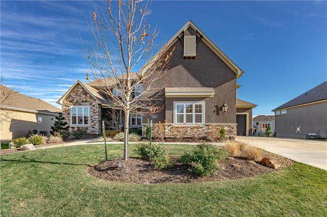 10413 W 172nd Street, Overland Park, KS 66221 (#2252720) :: House of Couse Group