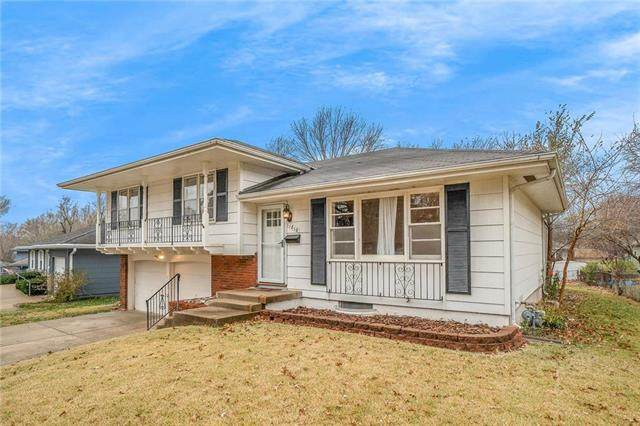 11810 Beacon Avenue, Kansas City, MO 64134 (#2252835) :: Edie Waters Network