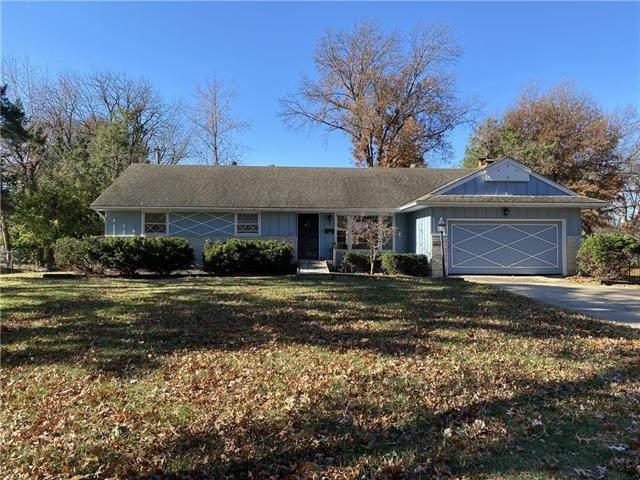 11210 Glen Arbor Terrace, Kansas City, MO 64114 (#2252868) :: House of Couse Group