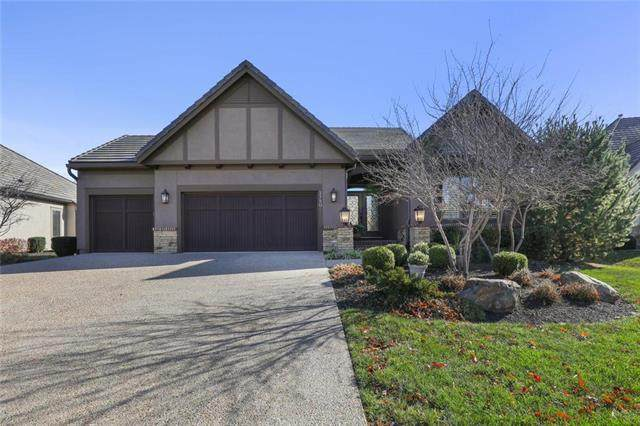 2750 W 137th Terrace, Leawood, KS 66224 (#2252940) :: House of Couse Group