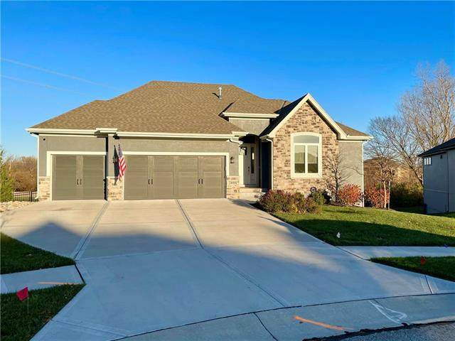 24904 W 87TH Street, Lenexa, KS 66227 (#2253018) :: Audra Heller and Associates