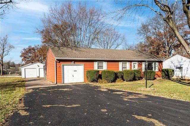 6402 N Harrison Street, Kansas City, MO 64118 (#2253109) :: House of Couse Group
