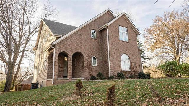 2126 Ashland Avenue, St Joseph, MO 64506 (#2253126) :: House of Couse Group