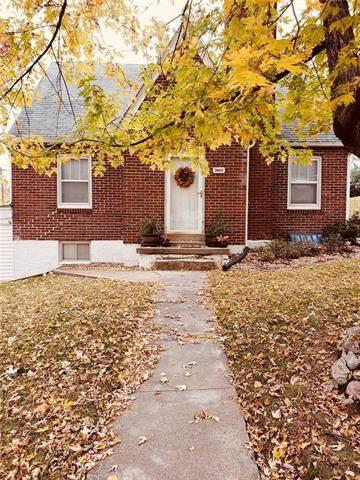 3600 N Walrond Avenue, Kansas City, MO 64117 (#2253150) :: The Gunselman Team