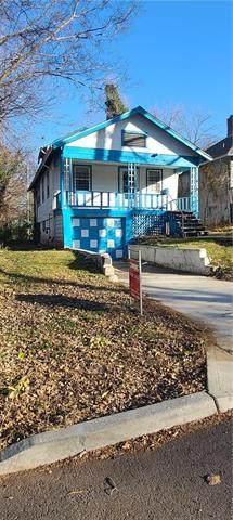 6927 Agnes Avenue, Kansas City, MO 64132 (#2253152) :: The Gunselman Team