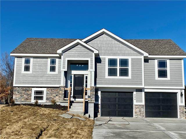 460 Lilly Lane, Liberty, MO 64068 (#2253196) :: Edie Waters Network