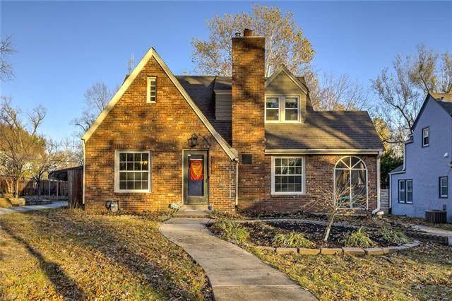 7611 Oak Street, Kansas City, MO 64114 (#2253214) :: House of Couse Group