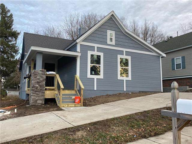 401 Liberty Road, Smithville, MO 64089 (#2253500) :: Edie Waters Network