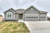 200 S Marimack Drive, Kearney, MO 64060 (#2253600) :: House of Couse Group