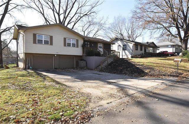 2422 Dewey Street, St Joseph, MO 64505 (#2253622) :: Team Real Estate