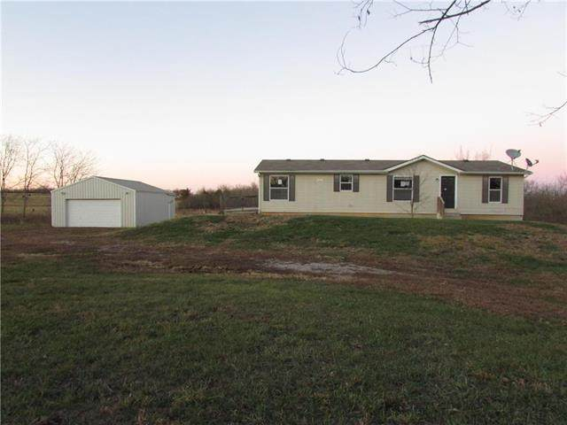 22930 W 391st Street, Fontana, KS 66026 (#2253665) :: The Shannon Lyon Group - ReeceNichols