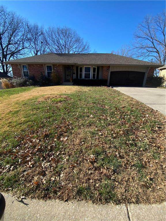 5220 Stanton Drive, Kansas City, MO 64133 (#2254363) :: House of Couse Group