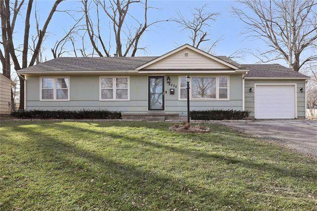 5230 Halsey Street, Shawnee, KS 66216 (#2256089) :: Team Real Estate