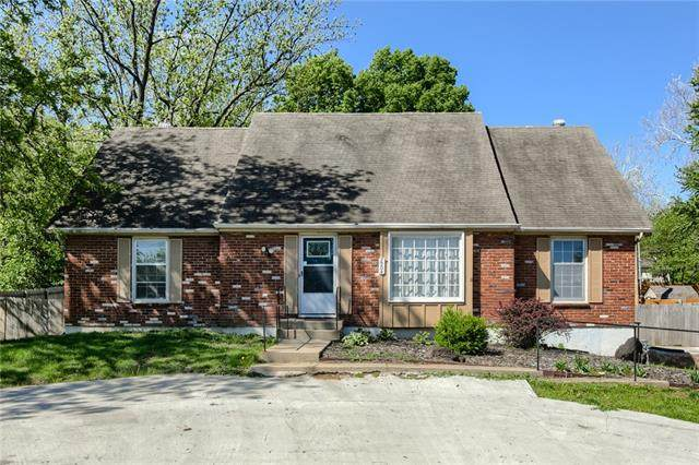 7504 NW Tower Drive, Platte Woods, MO 64151 (#2257094) :: The Rucker Group