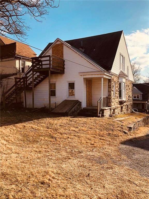 1028 Waverly Avenue, Kansas City, KS 66104 (#2257139) :: Audra Heller and Associates