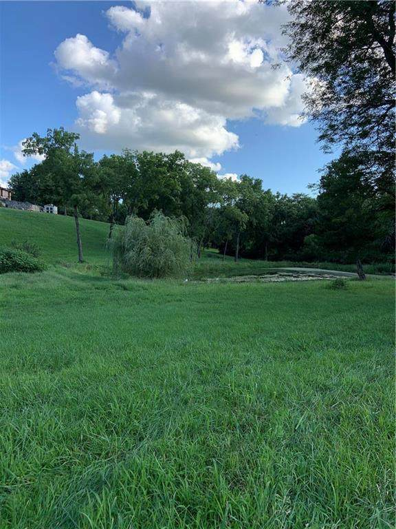 2005 W Dennis Avenue, Olathe, KS 66061 (#2257755) :: Eric Craig Real Estate Team