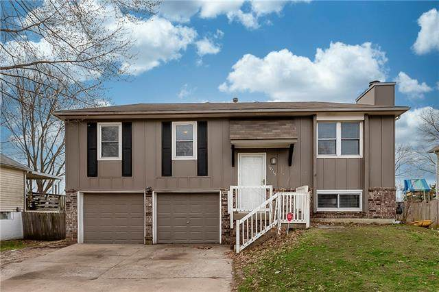 19715 E Millhaven Street, Independence, MO 64056 (#2258039) :: Team Real Estate