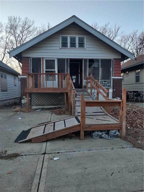 3728 South Benton Avenue, Kansas City, MO 64128 (#2258579) :: Team Real Estate
