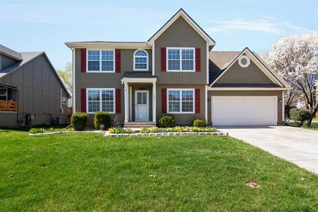 1815 NE 2nd Street, Blue Springs, MO 64014 (#2258650) :: Dani Beyer Real Estate