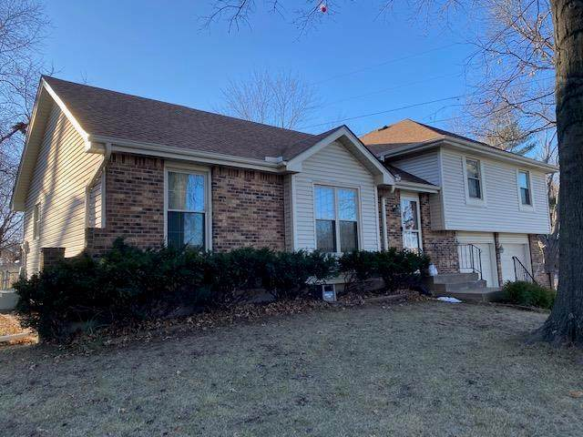 6100 Greenwood Street, Shawnee, KS 66216 (#2258733) :: House of Couse Group