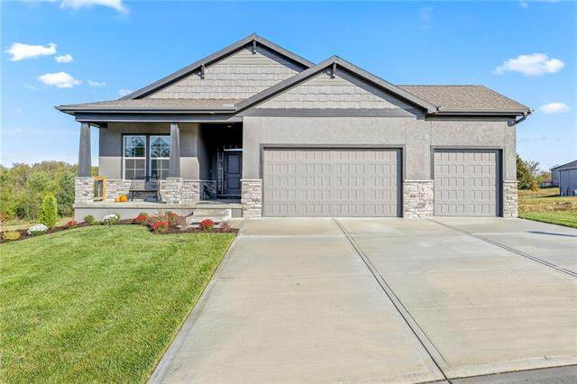 3212 SW Merriam Court, Lee's Summit, MO 64081 (#2258966) :: The Shannon Lyon Group - ReeceNichols