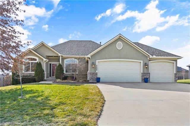 4808 SW Indigo Hills Drive, Blue Springs, MO 64015 (#2259059) :: Austin Home Team