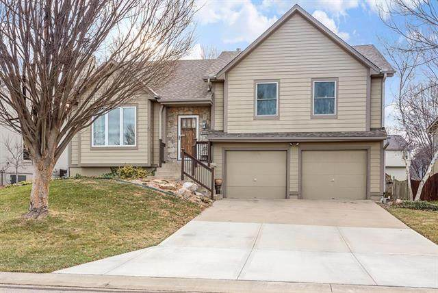 21225 W 55TH Terrace, Shawnee, KS 66218 (#2259183) :: Team Real Estate