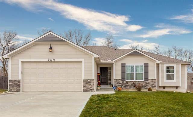 20376 W 220th Terrace, Spring Hill, KS 66083 (#2259223) :: Eric Craig Real Estate Team