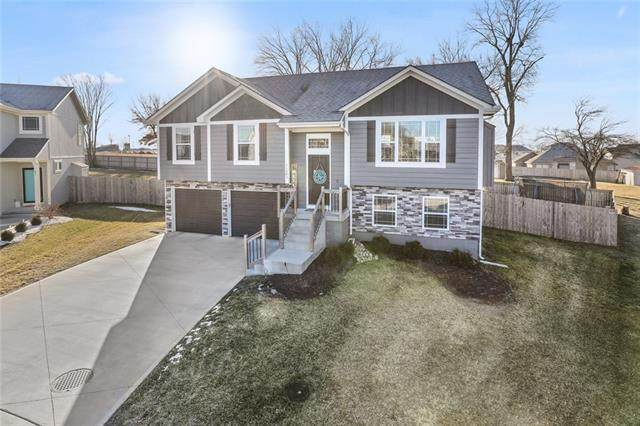 11505 E 207th Street, Peculiar, MO 64078 (#2259227) :: Eric Craig Real Estate Team