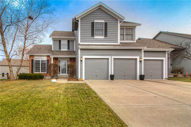 16287 S Burch Street, Olathe, KS 66062 (#2301506) :: The Shannon Lyon Group - ReeceNichols